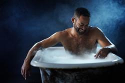 Прием горячей ванны перед массажем простаты