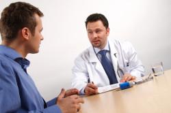 Консультация врача для выбора метода лечения простатита